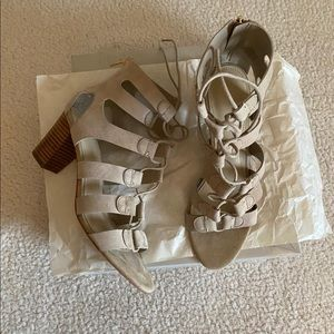 💋 Marc Fisher cage sandals 💋
